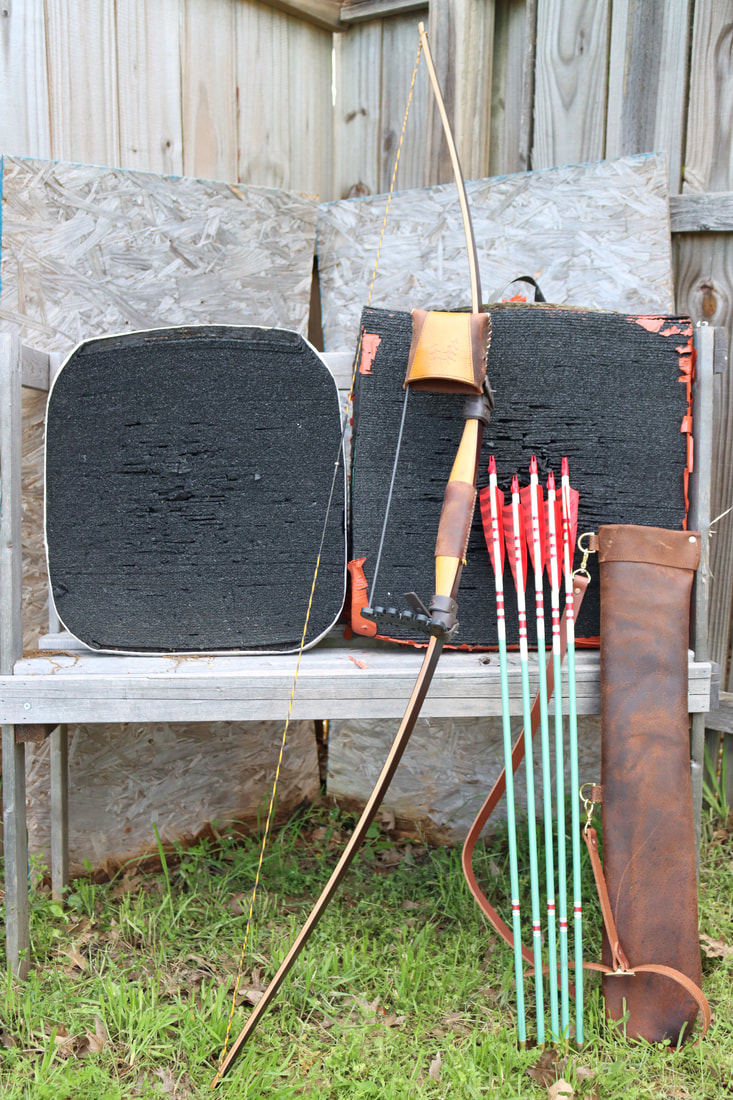 Picture of My Great Northern Field Bow and backyard target setup